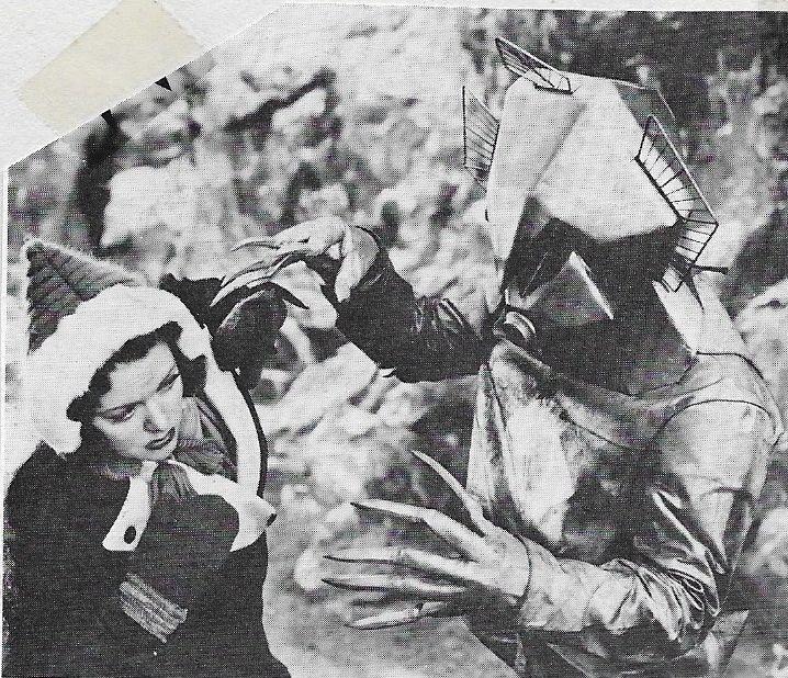 Carol Hughes in Flash Gordon Conquers the Universe (1940)
