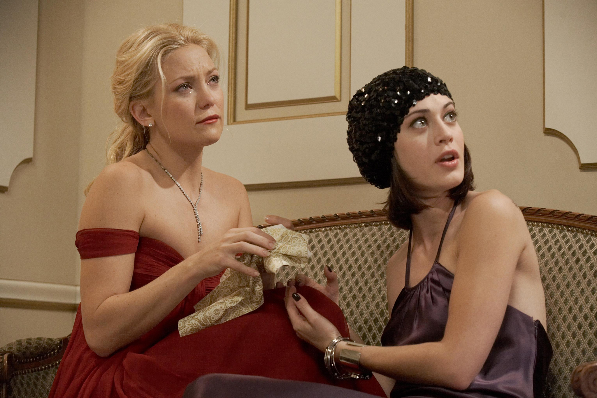 Kate Hudson and Lizzy Caplan in My Best Friend's Girl (2008)