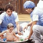 Guilherme Fontes and Guilherme Leme in Bebê a Bordo (1988)