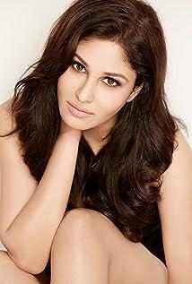 Pooja Chopra Picture