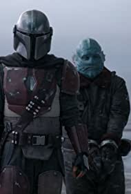 Pedro Pascal and Horatio Sanz in The Mandalorian (2019)
