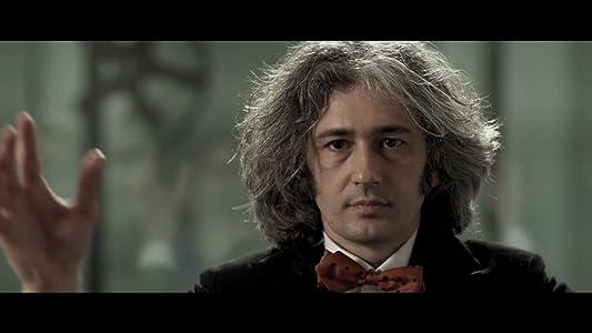 Watch movie2k online L'Illusionista Italy [640x640]