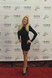 Nikki Magnusson Picture