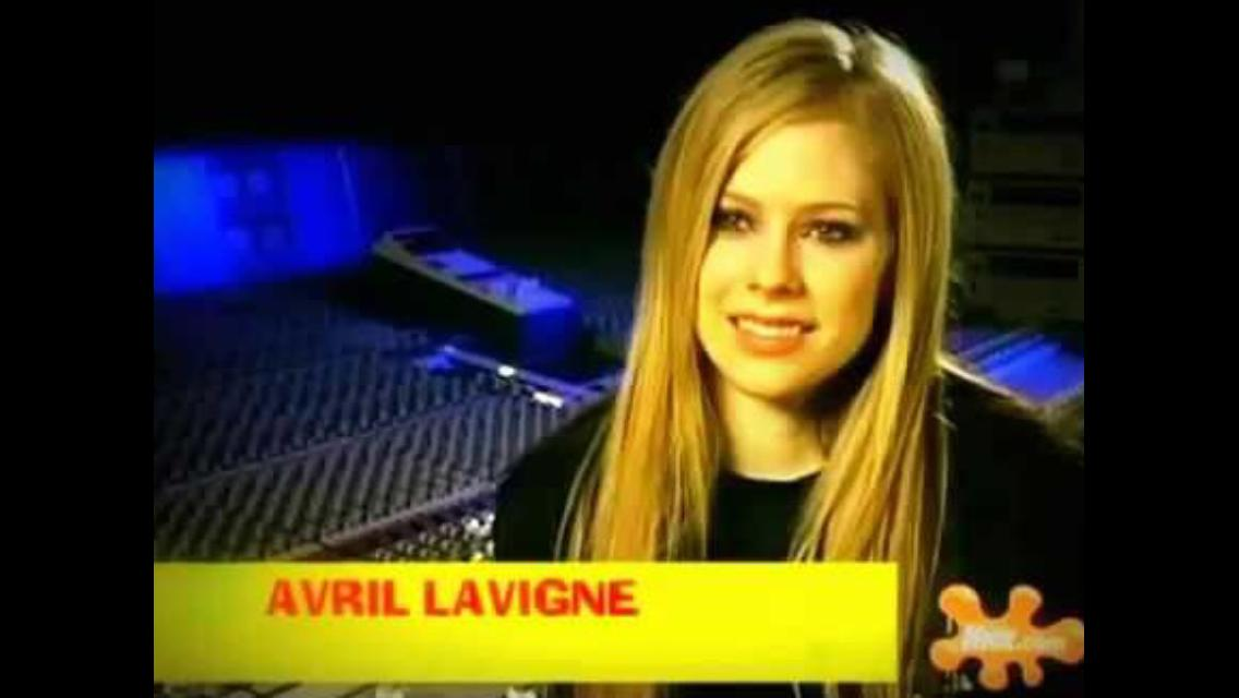 Avril Lavigne: SpongeBob SquarePants Theme (2004)