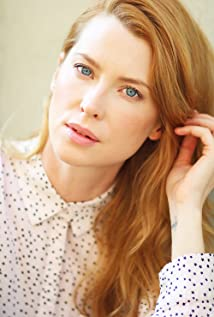 Emma Booth Picture
