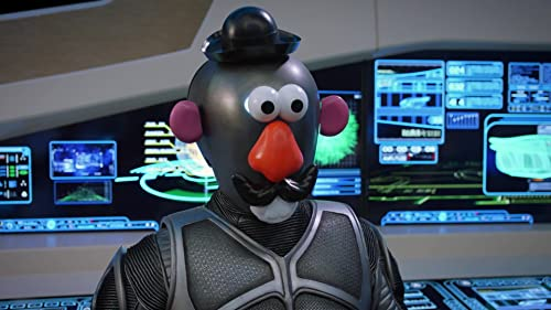 The Orville: Gordon Puts Mr. Potato Head Pieces On Isaac