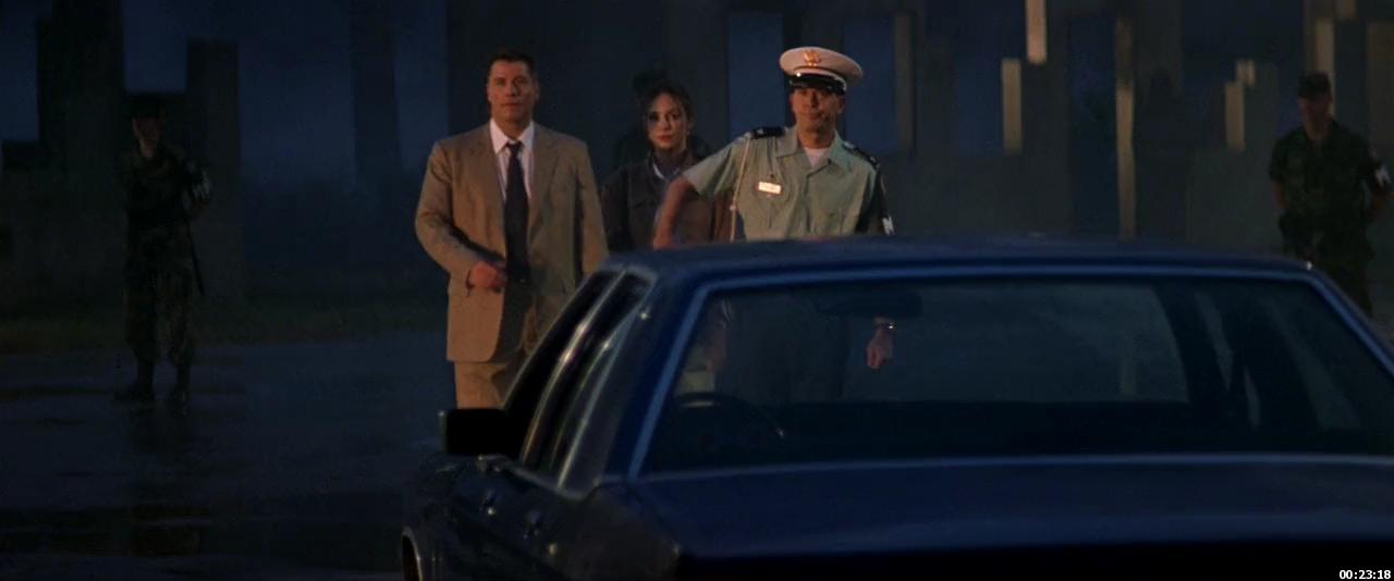 John Travolta, Timothy Hutton, Madeleine Stowe in The General's Daughter (1999)