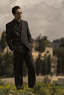 Gilad Kahana Picture