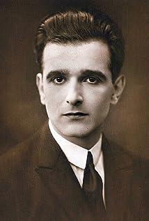 Ernst Winar Picture