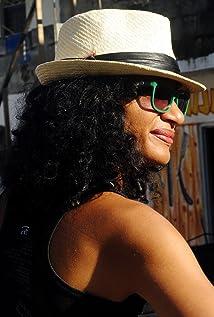 Leticia Tonos Picture