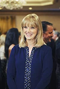 Primary photo for Shelley Long