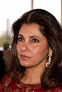 Dimple Kapadia New Picture - Celebrity Forum, News, Rumors, Gossip