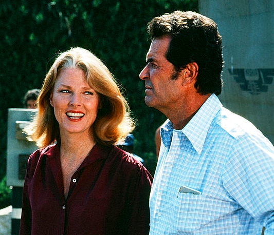 James Garner and Mariette Hartley in The Rockford Files (1974)