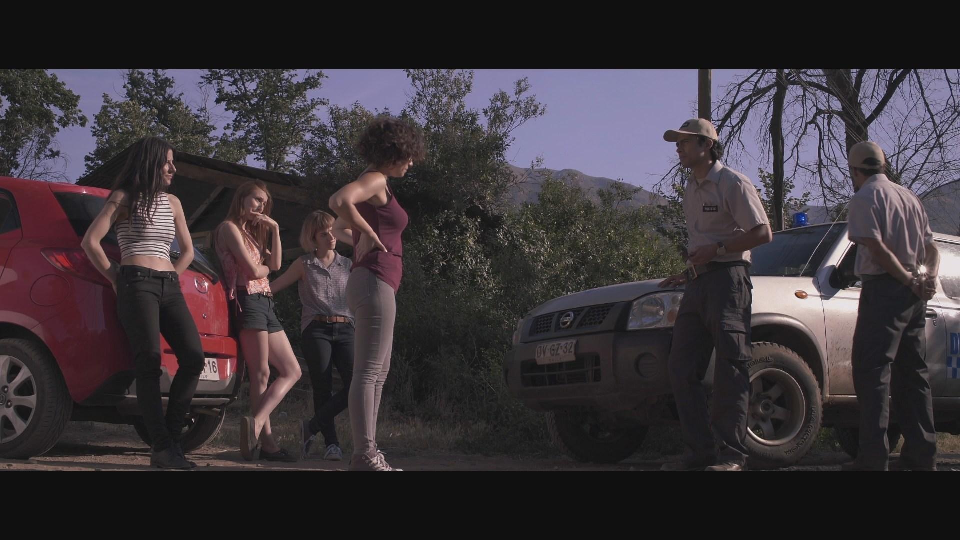 Eduardo Paxeco, Catalina Martin, Ximena del Solar, Macarena Carrere, and Dominga Bofill in Trauma (2017)