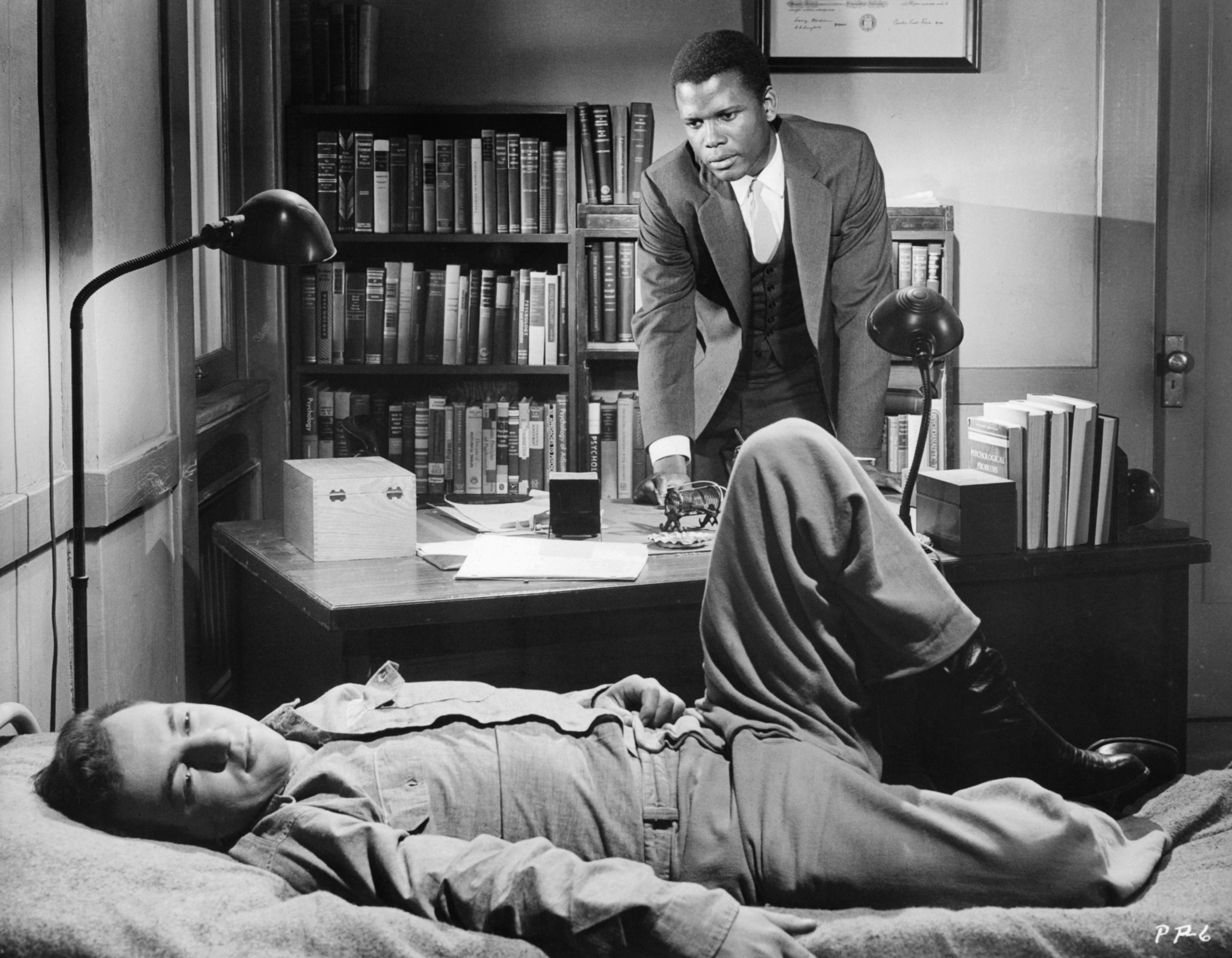 Sidney Poitier and Bobby Darin in Pressure Point (1962)