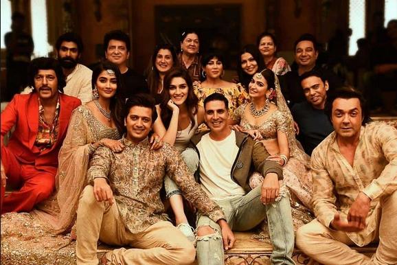 Housefull 4 (2019) Film Indian Online Subtitrat in Romana