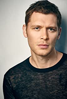 Joseph Morgan Picture