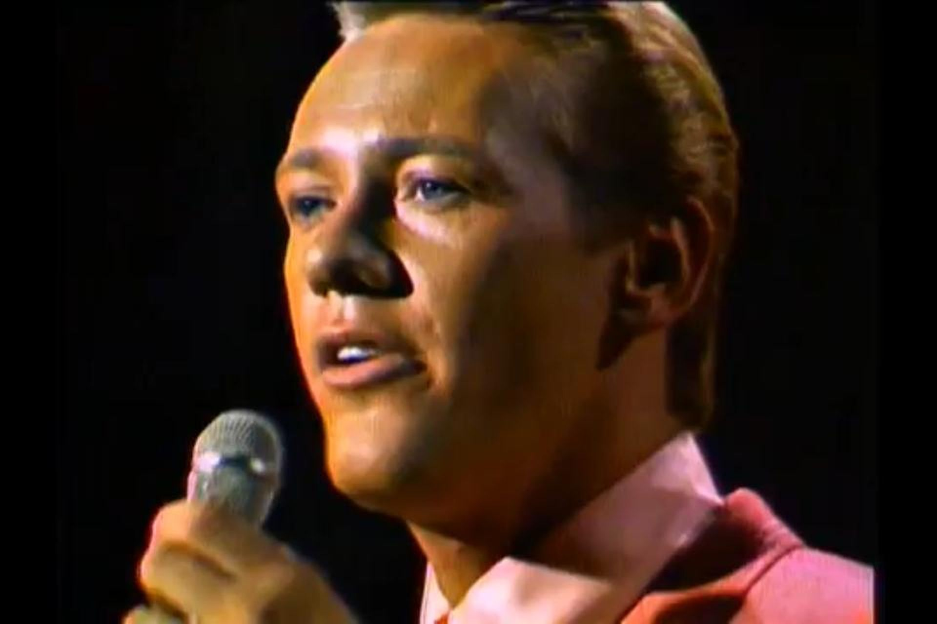 Bobby Hatfield in The Andy Williams Show (1962)
