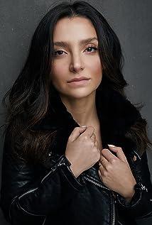 Tara Grammy Picture