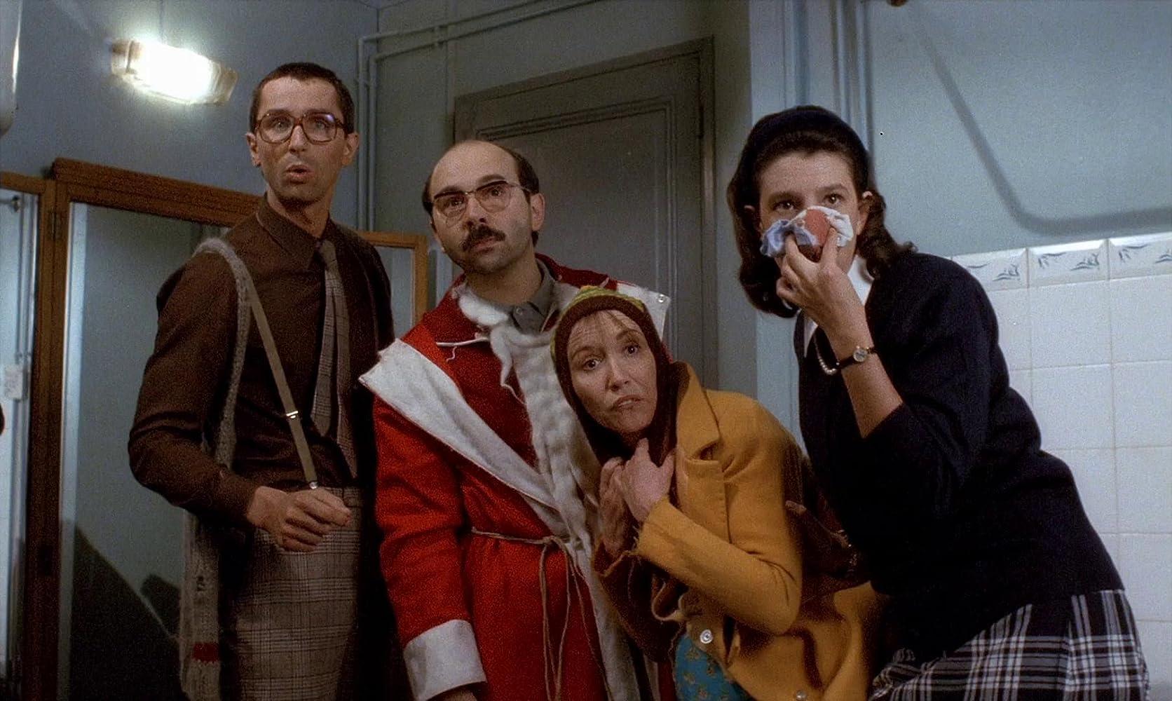 Anémone, Marie-Anne Chazel, Gérard Jugnot, and Thierry Lhermitte in Le père Noël est une ordure (1982)