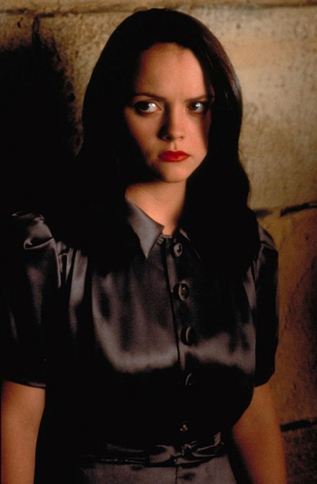 Christina Ricci in The Man Who Cried (2000)