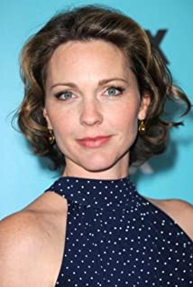 Kelli Williams Picture