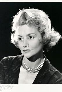 Ursula Howells Picture