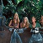 Matthew Lillard, Sarah Michelle Gellar, Isla Fisher, and Neil Fanning in Scooby-Doo (2002)