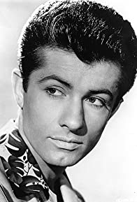Primary photo for George Chakiris
