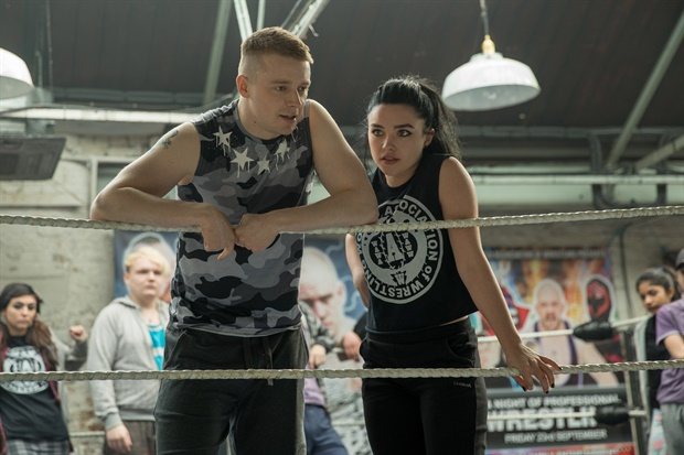 Jack Lowden and Florence Pugh in Fighting with My Family (2019)