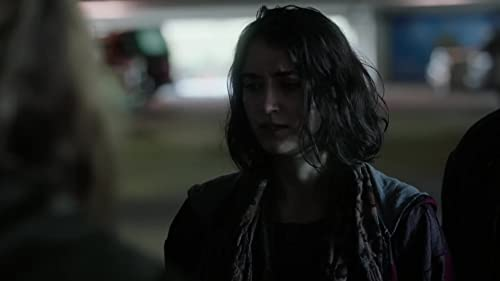 The Gifted: Caitlin & Lauren Try To Escape The Police