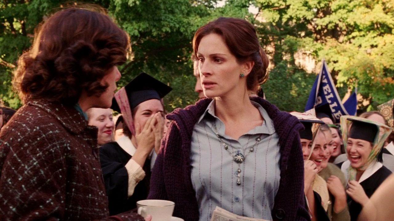 Julia Roberts in Mona Lisa Smile (2003)