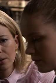 Melissa Drost and Faye Bezemer in Goede tijden, slechte tijden (1990)