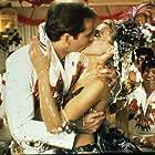 Nicolas Cage, Sarah Jessica Parker, and Burton Gilliam in Honeymoon in Vegas (1992)