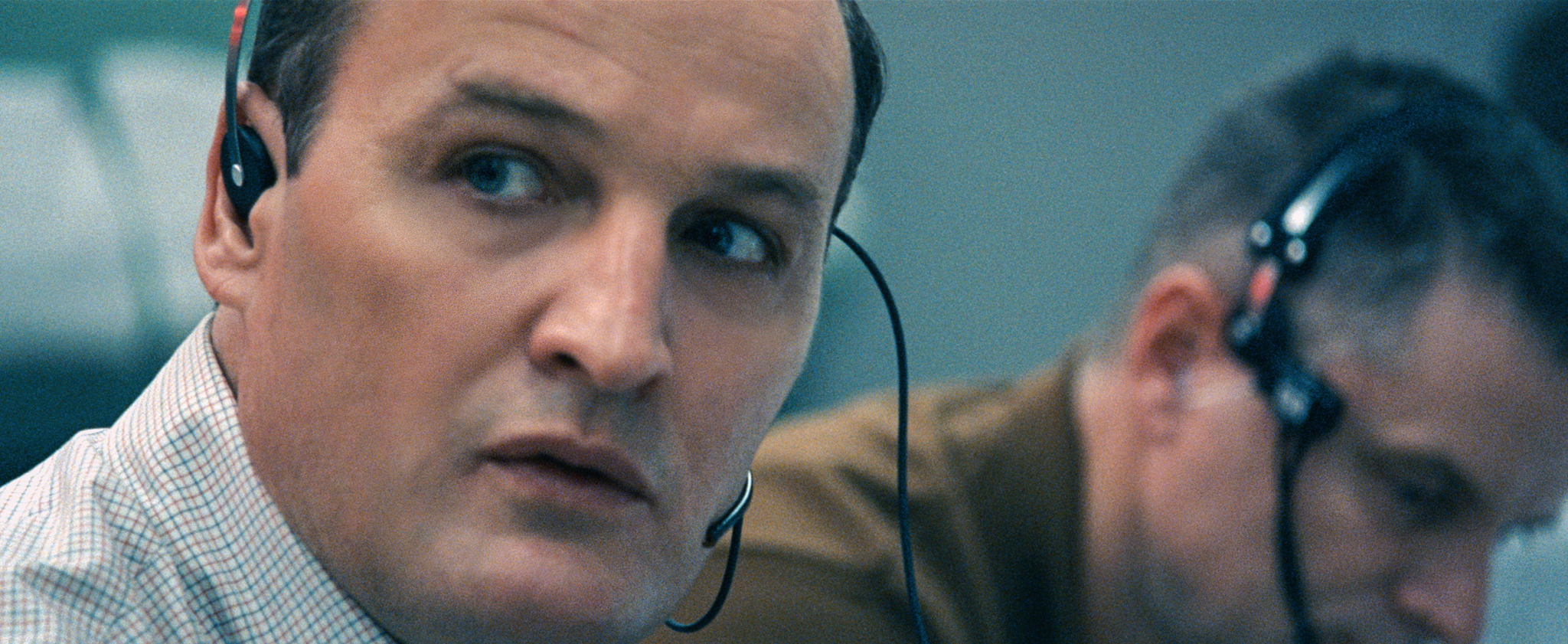 Jason Clarke and Shea Whigham in First Man (2018)