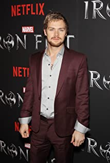 Finn Jones Picture