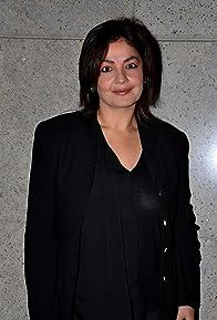 Primary photo for Pooja Bhatt