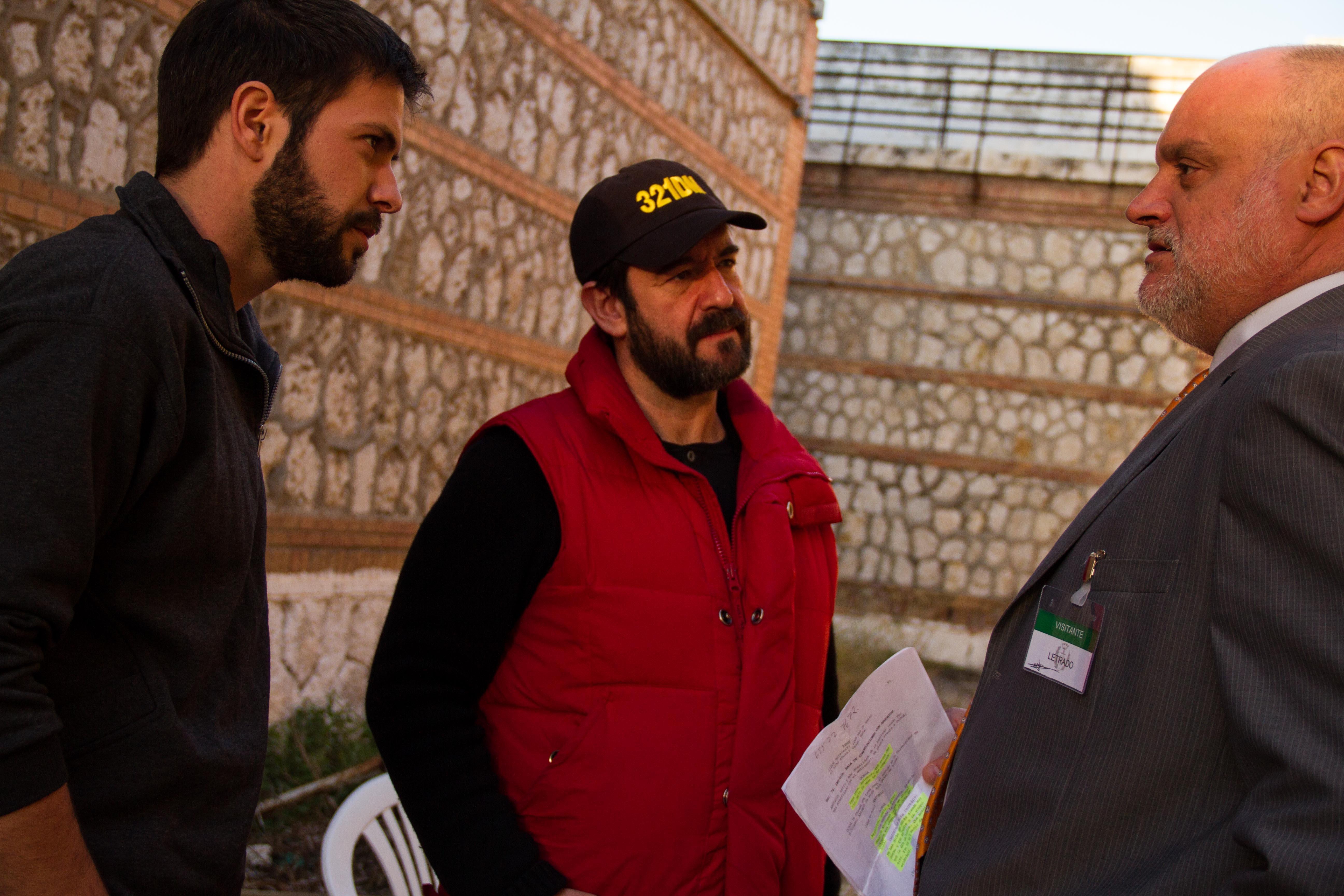 Juanma Lara, Enrique García, and Chico García in 321 días en Michigan (2014)