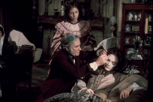 Pamela Moiseiwitsch, Rosalind Shanks, and Brian Wilde in North & South (1975)