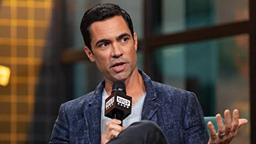"""BUILD: Danny Pino Admires Jazz-Like Acting of """"Mayans M.C."""" Co-Star Ray McKinnon"""