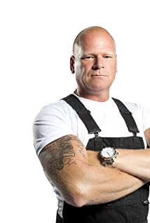 Mike Holmes Picture