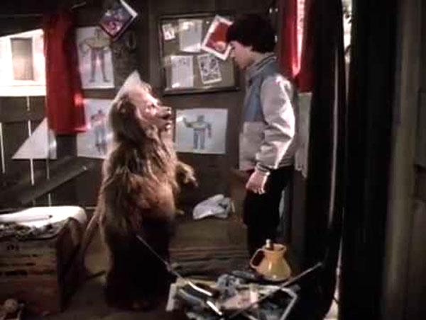 Phil Fondacaro and Chris Hebert in Fuzzbucket (1986)