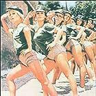 Gynaikes sta opla (1979)