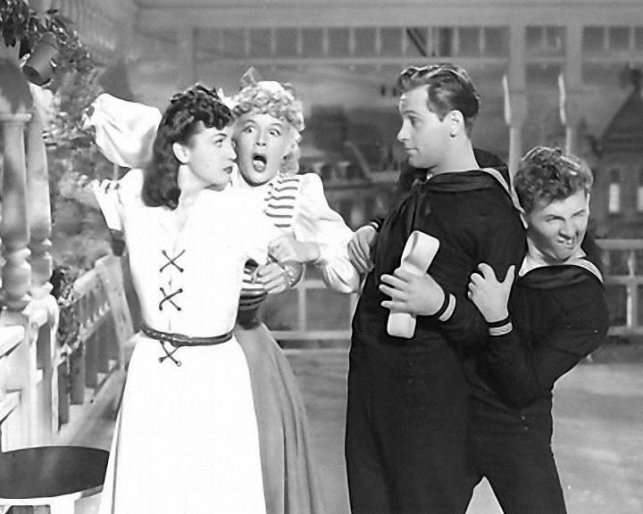 William Holden, Betty Hutton, Eddie Bracken, and Dorothy Lamour in The Fleet's In (1942)