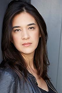 Rachael Hip-Flores Picture