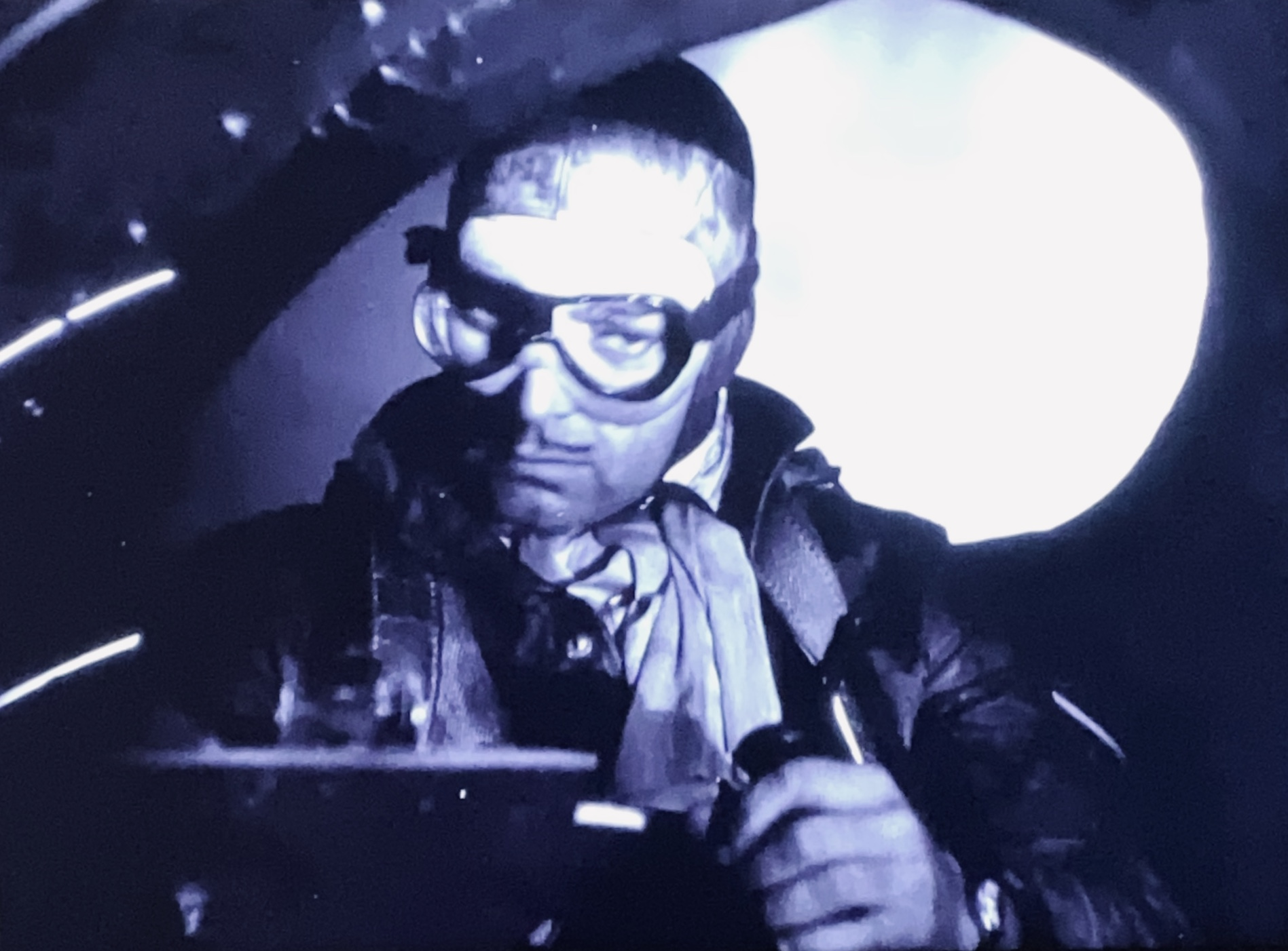 Clark Gable in Night Flight (1933)