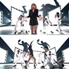 Taylor Swift in The Brit Awards 2015 (2015)