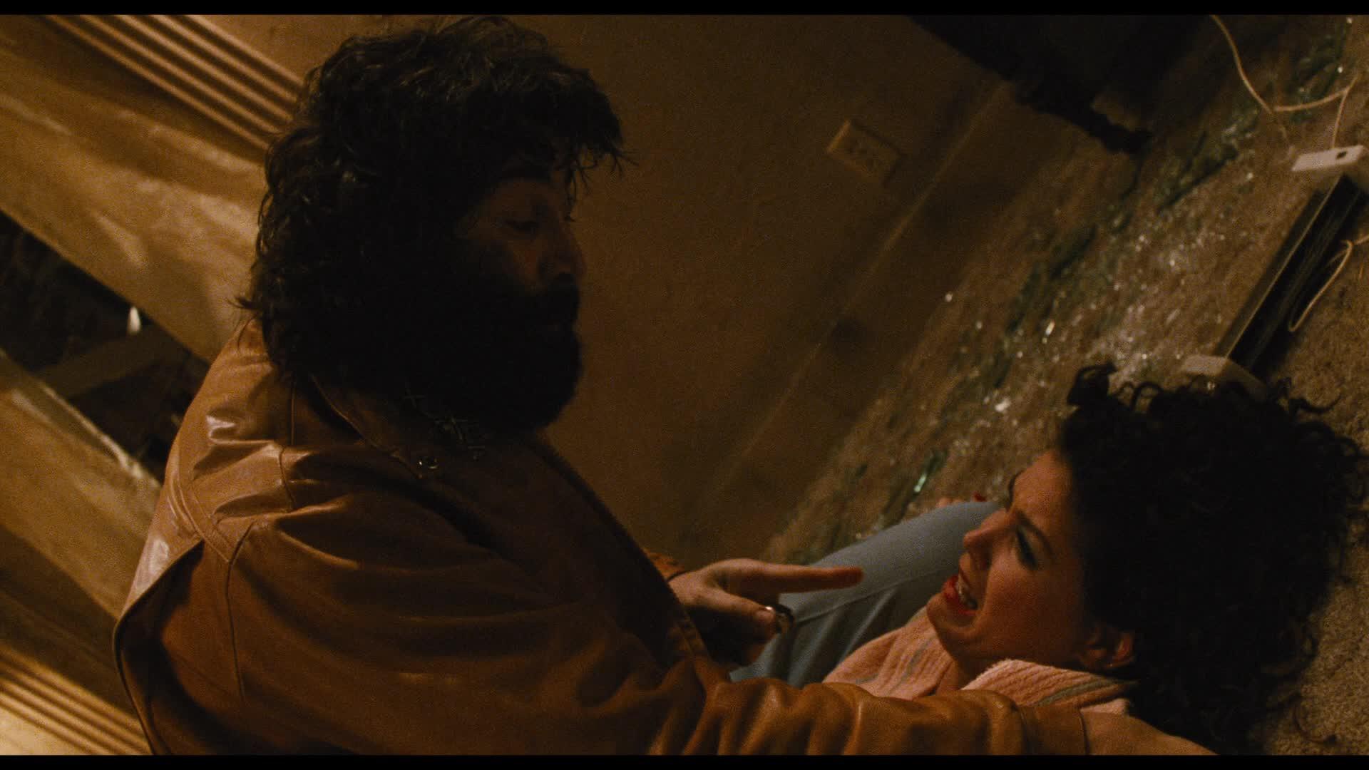 Leo Rossi and Paula Trickey in Maniac Cop 2 (1990)