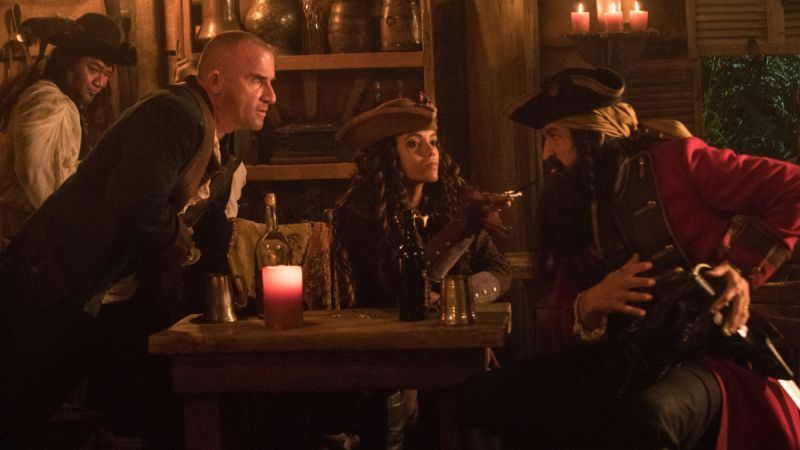 Jonathan Cake, Dominic Purcell, and Maisie Richardson-Sellers in Legends of Tomorrow (2016)