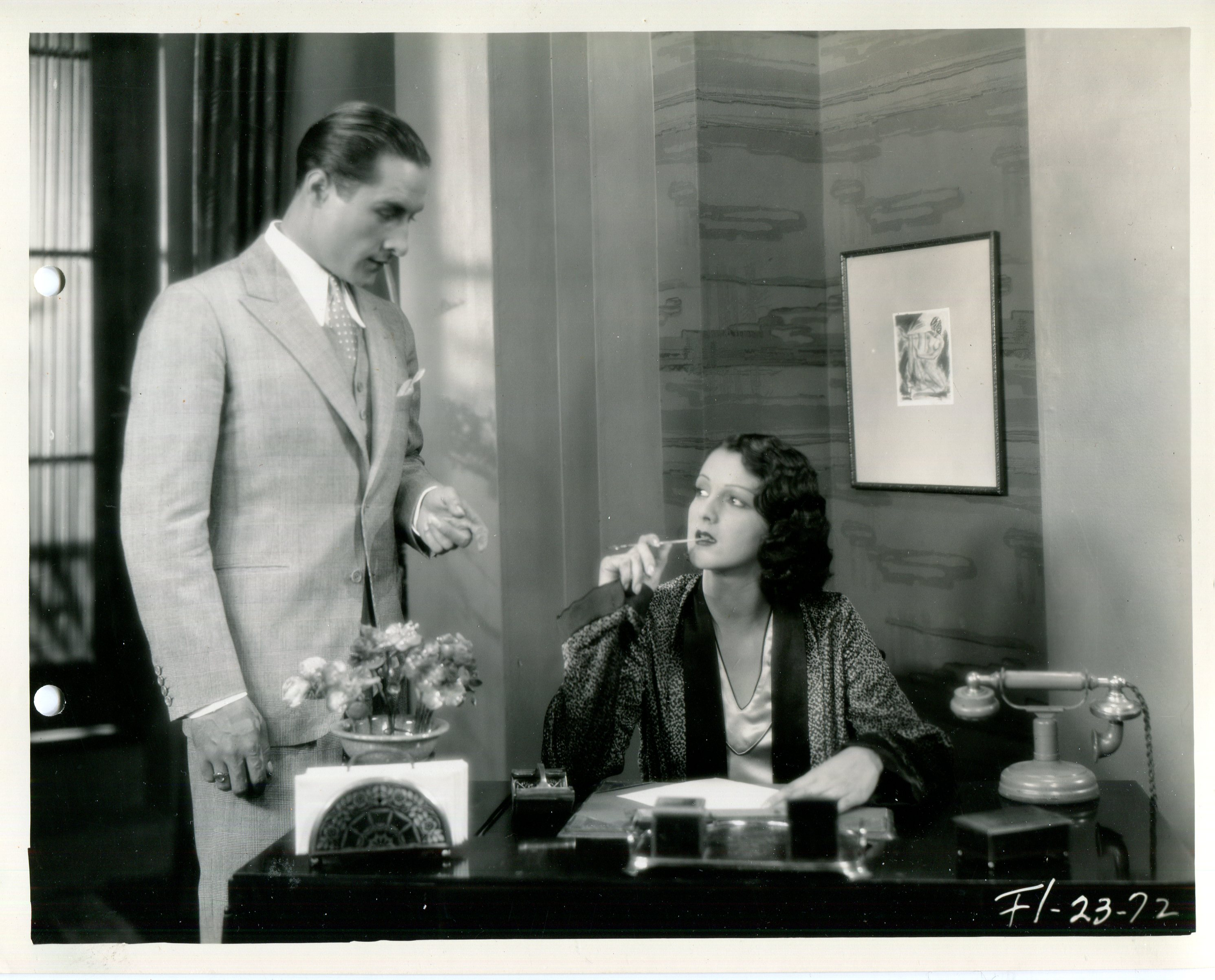 Lia Torá and Paul Vincenti in The Veiled Woman (1929)